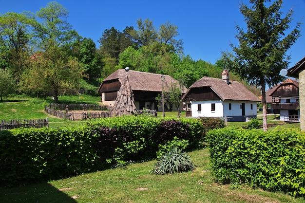 Kumrovec é uma vila croata tradicional, croácia