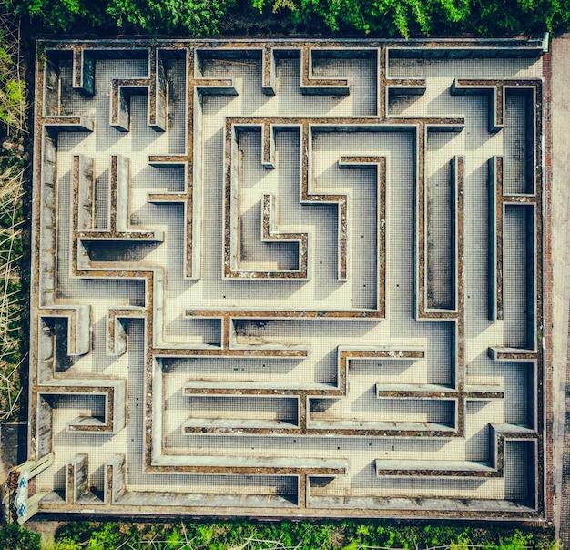 Labirinto cinza, conceito complexo de solução de problemas