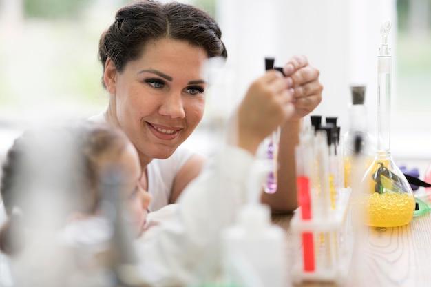 Laboratório de ciências em close-up