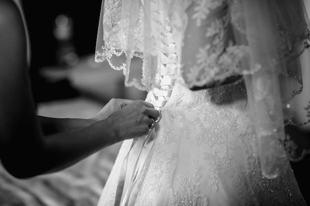 Lace up vestido de dama de honra do casamento