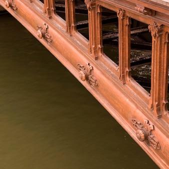 Lado da ponte em paris frança