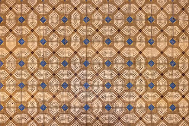 Ladrilhos de metlakh no palácio imperial em massandra crimea textura bege do piso de mosaico