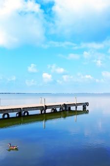 Lago albufera em valência el saler