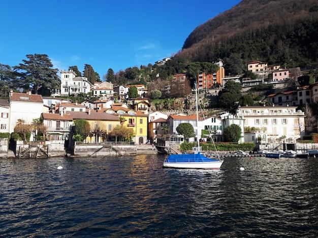 Lago como, na itália