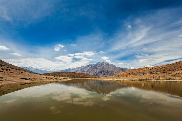 Lago dhankar no himalaia