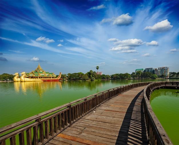 Lago kandawgyi, yangon, birmânia myanmar