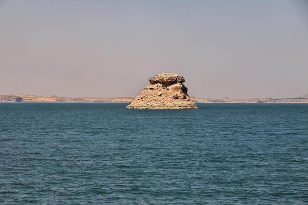 Lago nasser no egito, áfrica