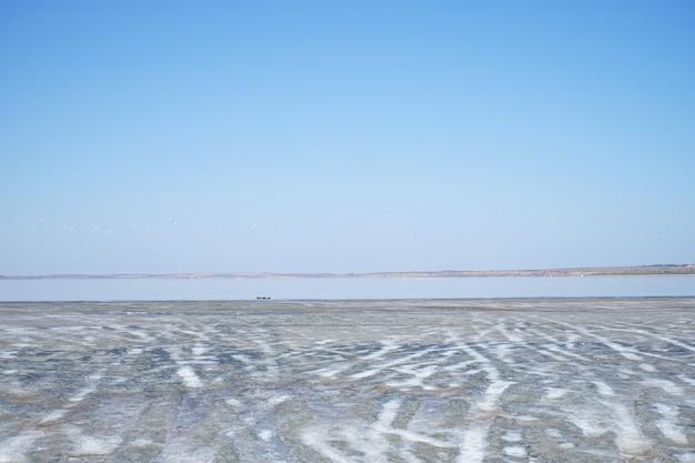 Lago salgado no sul da ucrânia