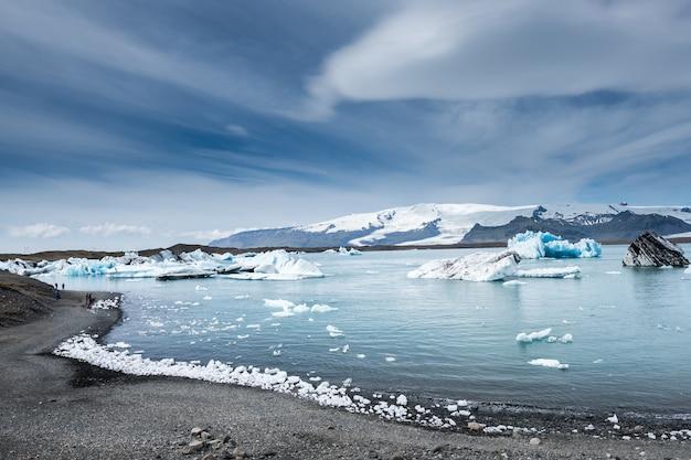 Lagoa de gelo bonito, islândia