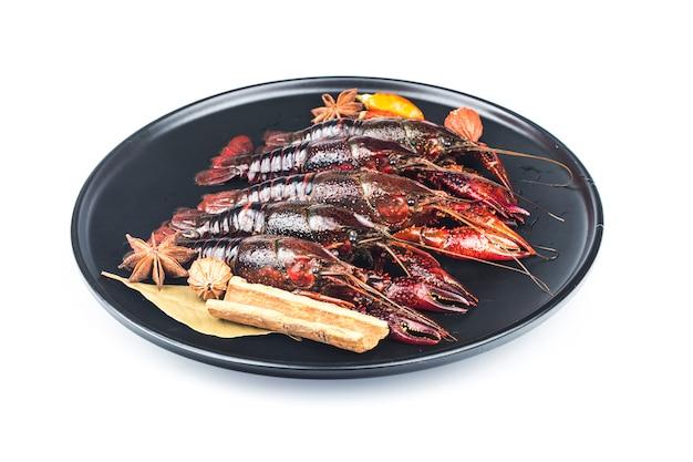 Lagostas, lagostas isoladas no branco
