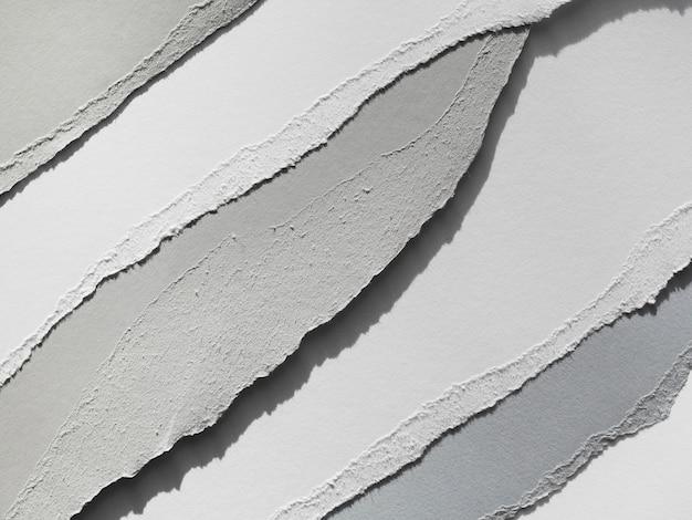 Lágrimas onduladas em papel cinza