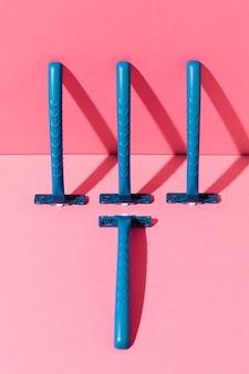 Lâminas de barbear descartáveis de plástico azul