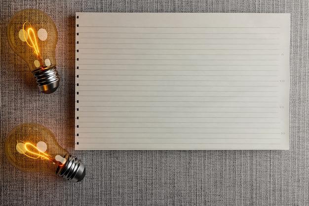 Lâmpada com ideia e nota de papel com espaço coppy, renderização de ilustração 3d