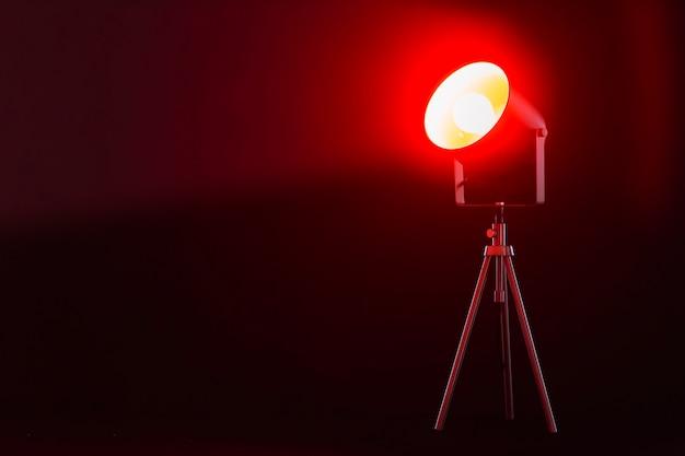 Lâmpada com luz vermelha