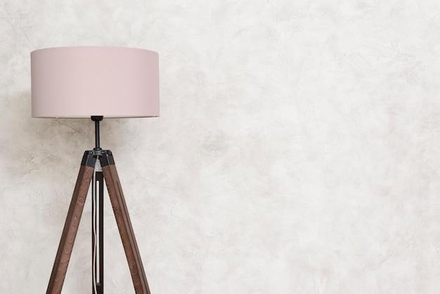 Lâmpada de assoalho de design minimalista de close-up