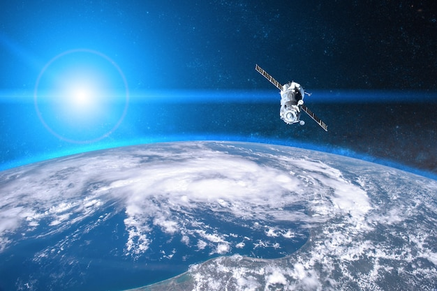 Lançamento da nave espacial ao espaço