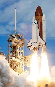 Lançar foguete decolar viagens espaciais da nasa