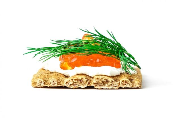 Lanche com caviar vermelho