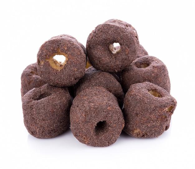 Lanches crocantes de chocolate com milho