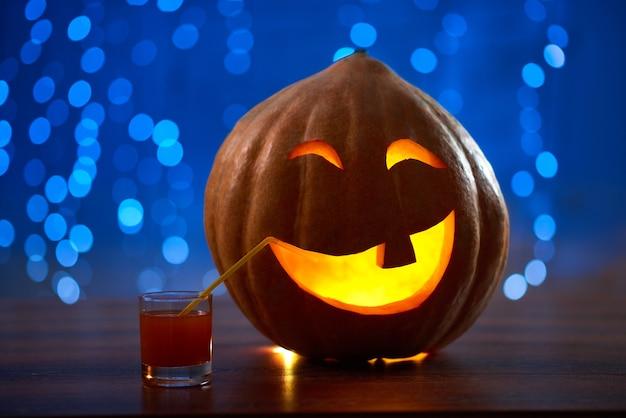 Lanterna de cara de abóbora de halloween
