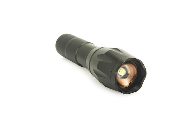 Lanterna de metal preta isolada no branco com traçado de recorte
