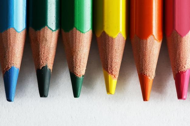 Lápis de cor perto