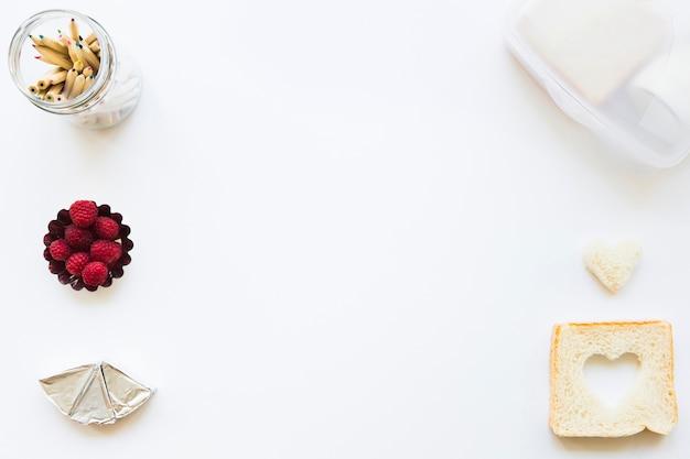 Lápis e composição de alimentos saudáveis