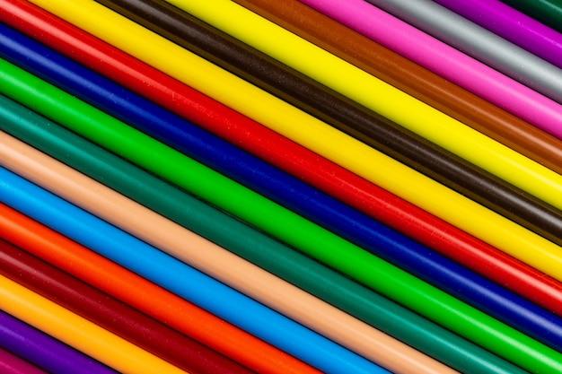 Lápis em fundo cinza