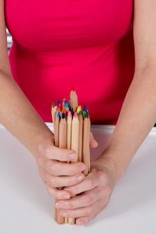 Lápis vermelho, destacando-se dos outros