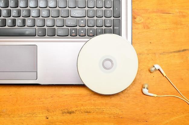 Laptop com dvd-rom