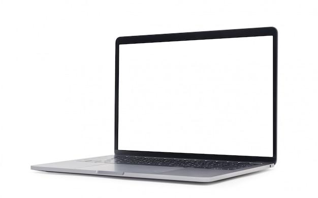 Laptop com tela em branco, isolada no fundo branco com traçado de recorte.
