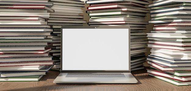 Laptop sobre uma mesa de madeira cheia de pilhas de livros ao redor