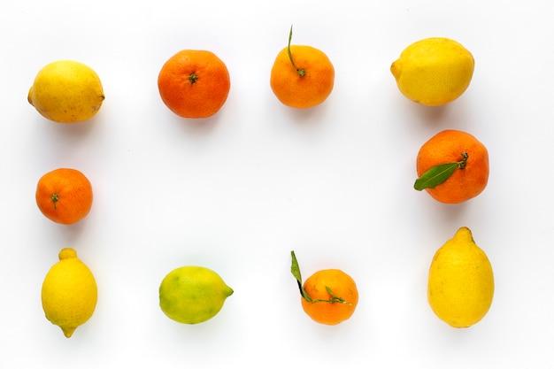 Laranjas, tangerinas e limões