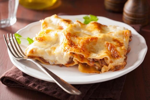 Lasanha italiana caseira no prato