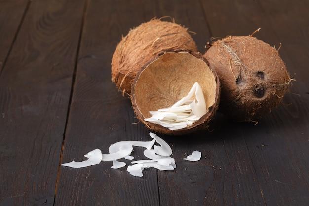 Lascas de coco assado orgânico flocos com açúcar