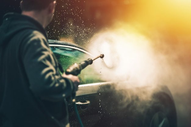 Lavagem poderosa do carro