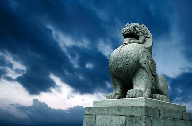 Leão de pedra tradicional chinesa