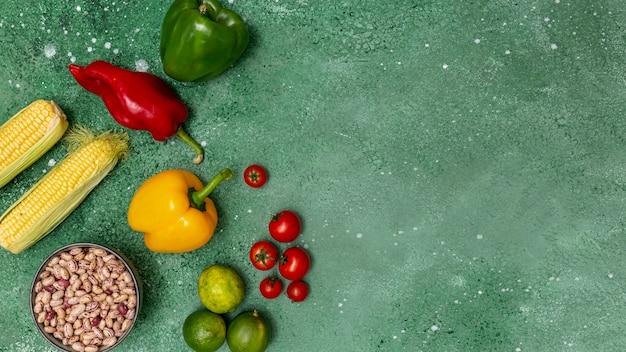Legumes coloridos frescos para cozinha mexicana