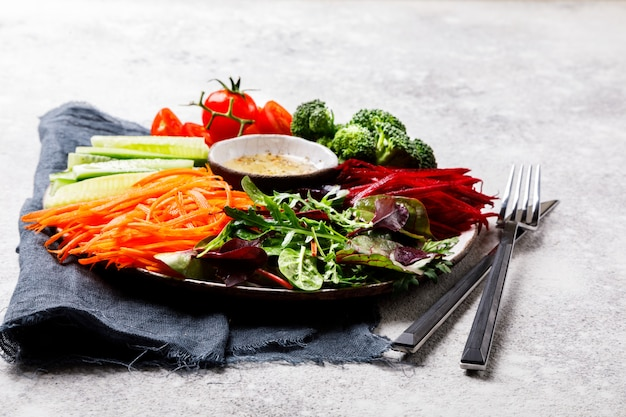 Legumes de salada. comida ou conceito de dieta saudável