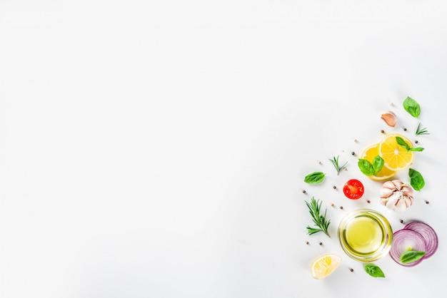 Legumes e ervas para cozinhar, vista superior