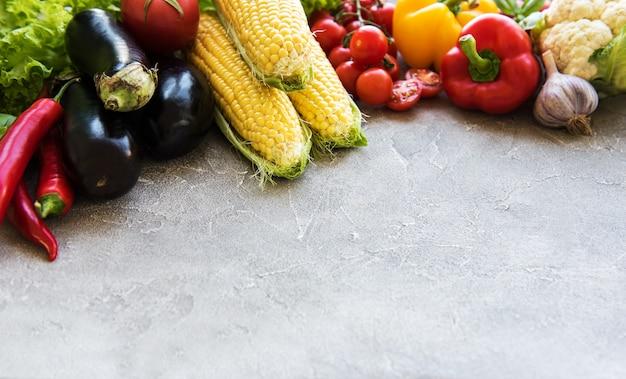 Legumes frescos de verão