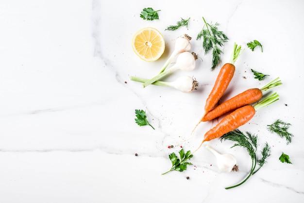Legumes frescos para um jantar saudável