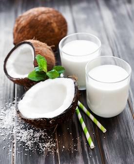 Leite e coco