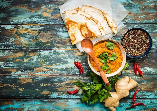 Lentilhas indianas tradicionais dal
