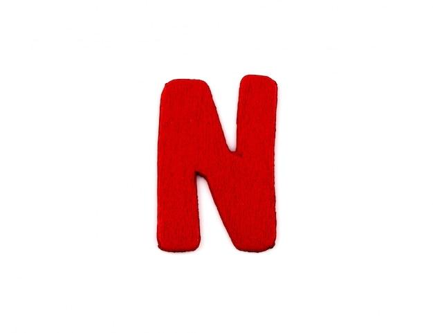 Letra n vermelho