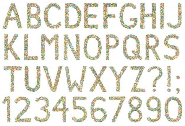Letras do alfabeto inglês, numerais e símbolos feitos de pequenos doces
