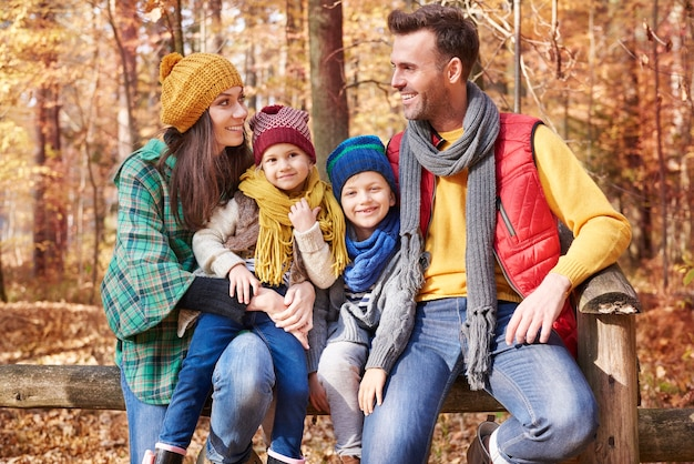 Levando a família em uma ótima viagem para a floresta