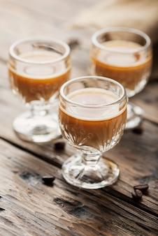 Licor de café forte