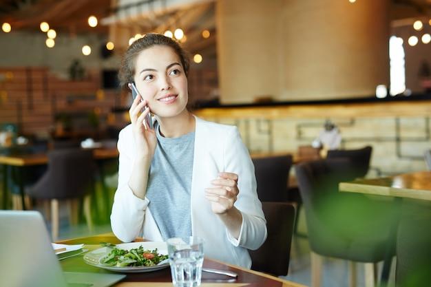 Ligando para o almoço