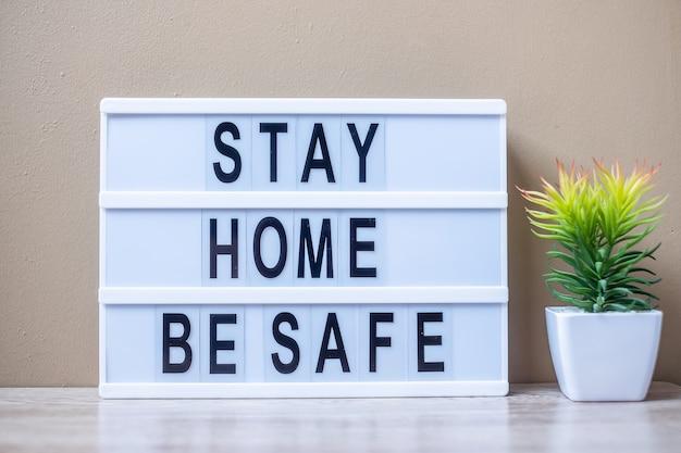 Lightbox com texto estadia em casa ser seguro na tabela.